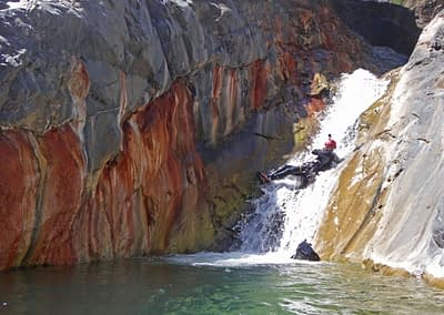 canyon bras rouge